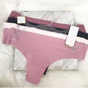 {Adrienne Vittadini} NWT Seamless Thong Underwear